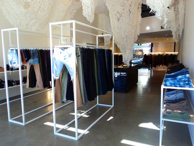 retail design koma store visual merchandising vishopmag