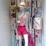 escaparatismo-herself-visualmerchandising-vishopmag-01