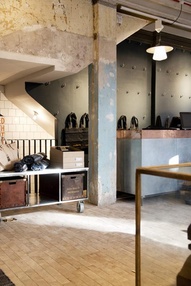 revista-magazine-retail-desing-escaparatismo-visual-merchandising-design-store-nudie-jeans-vishopmag04
