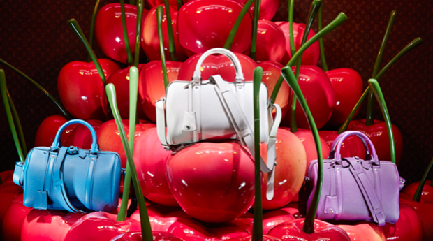 revista-magazine-retail-desing-escaparatismo-visual-merchandising-design-mannequin-LV-le-bon-marche-vishopmag-03