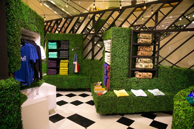 revista-magazine-retail-desing-escaparatismo-visual-merchandising-design-mannequin-nordstrom-vishopmag-01