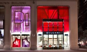 revista-magazine-retail-desing-escaparatismo-visual-merchandising-design-mannequin-bulgari-diva-window-vishopmag-01