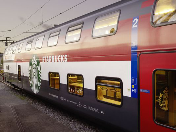 revista-magazine-retail-desing-escaparatismo-visual-merchandising-design-mannequin-nike-starbucks-train-vishopmag-05