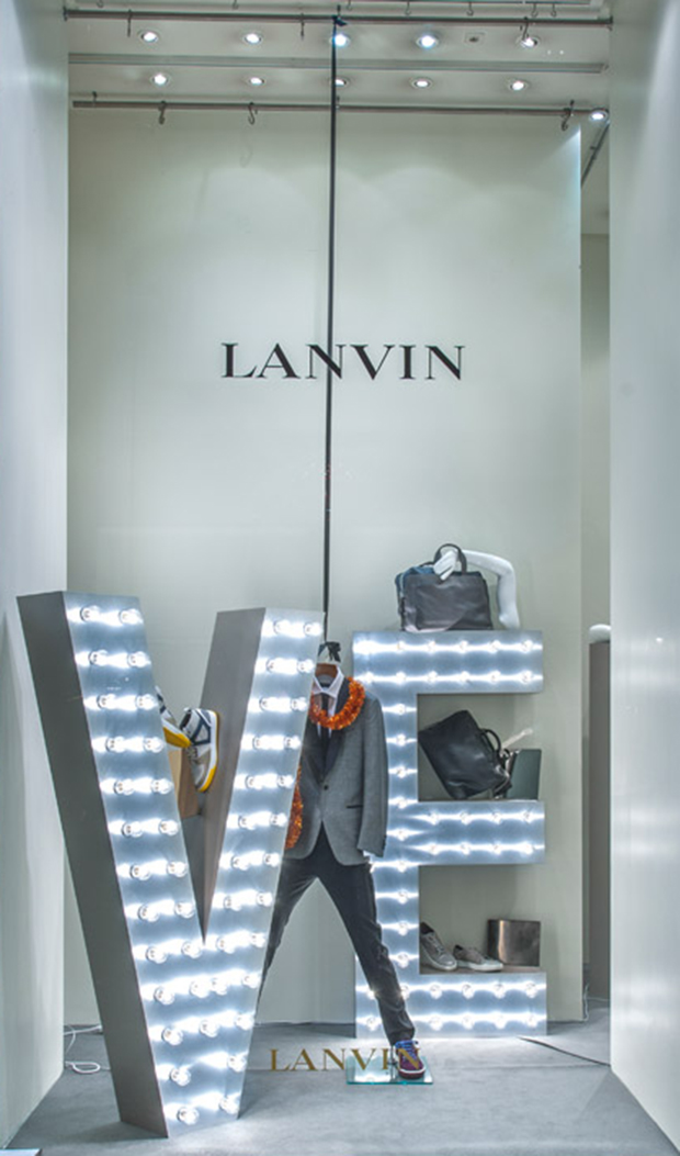 revista-magazine-retail-desing-escaparatismo-visual-merchandising-design-mannequin-lanvin-christmas-vishopmag-04
