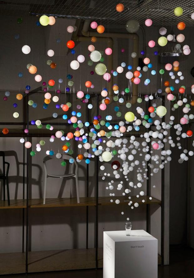 revista-magazine-retail-desing-escaparatismo-visual-merchandising-design-mannequin-sparkling-bubbles-by-emmanuelle-moureaux-vishopmag-04
