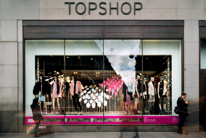 revista-magazine-retail-desing-escaparatismo-visual-merchandising-design-mannequin-topshop-regent-street-vishopmag-02