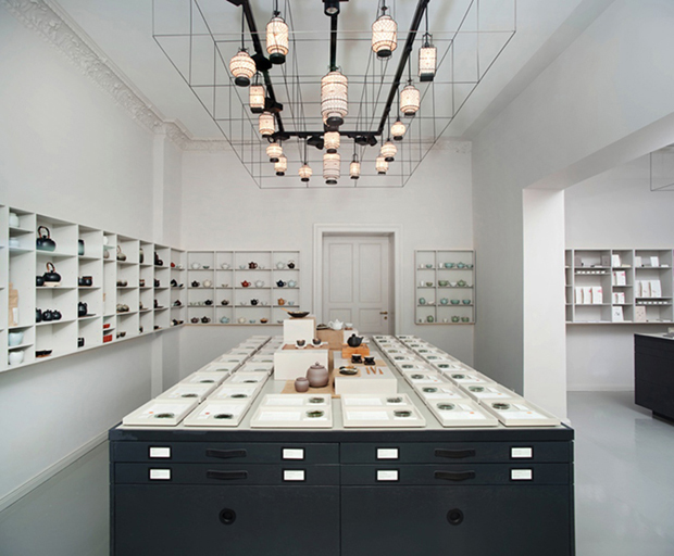 revista-magazine-retail-desing-escaparatismo-visual-merchandising-design-mannequin-fabianvonferrari-vishopmag02