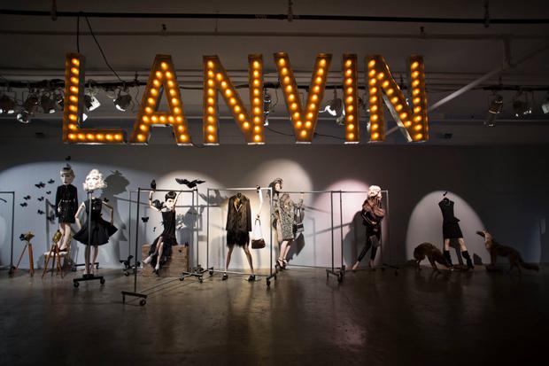 revista-magazine-retail-desing-escaparatismo-visual-merchandising-design-mannequin-lanvin-vishopmag-01