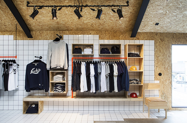 revista-magazine-retail-desing-escaparatismo-vishopmag-suit-store-001