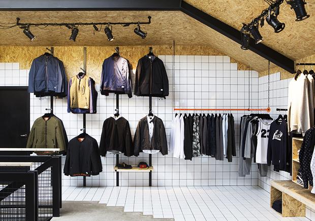revista-magazine-retail-desing-escaparatismo-vishopmag-suit-store-006
