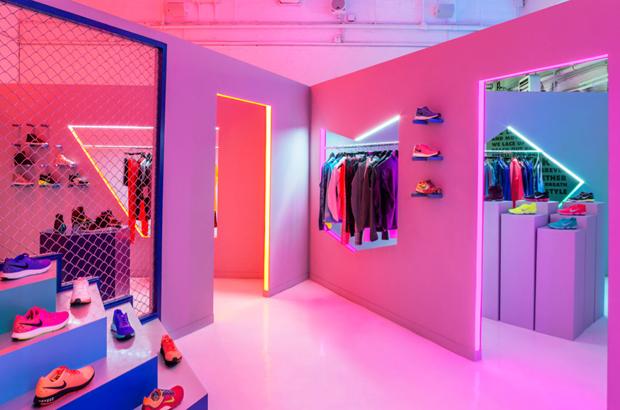 revista-magazine-retail-desing-escaparatismo-vishopmag-nike-robert-storey-studio-001