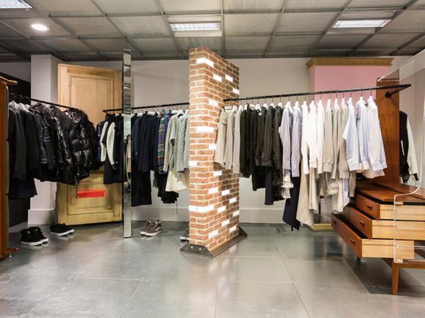 revista-magazine-retail-desing-escaparatismo-dover-street-market-vishopmag-007