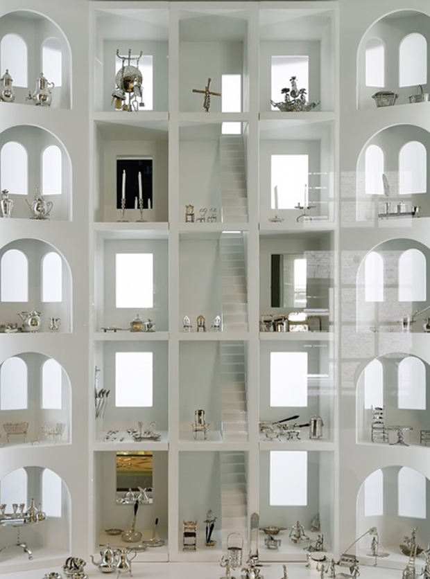 revista-magazine-retail-desing-escaparatismo-museo-plata-exposicion-vitrinas-vishopmag-006