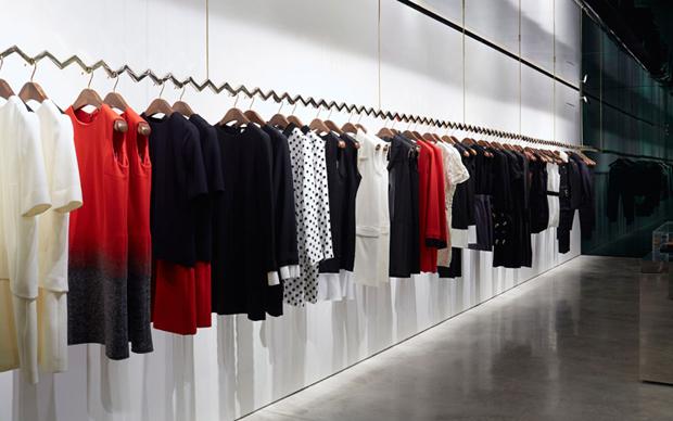 revista-magazine-retail-desing-escaparatismo-diseno-pop-up-store-retail-design-victoria-beckham-vishopmag-005