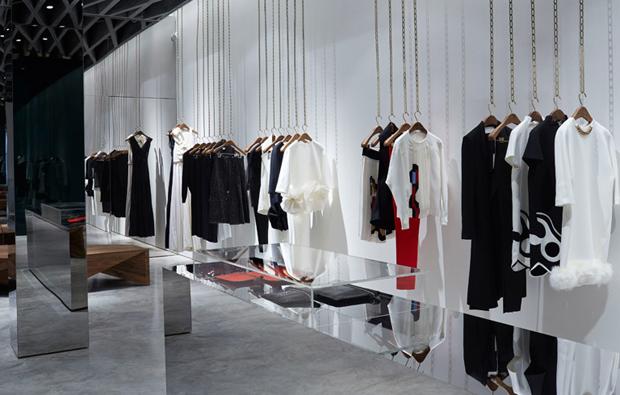 revista-magazine-retail-desing-escaparatismo-diseno-pop-up-store-retail-design-victoria-beckham-vishopmag-006