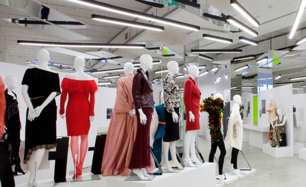 spazio-retail-women-fashion-power-maniquies-mannequins-vishopmag-001