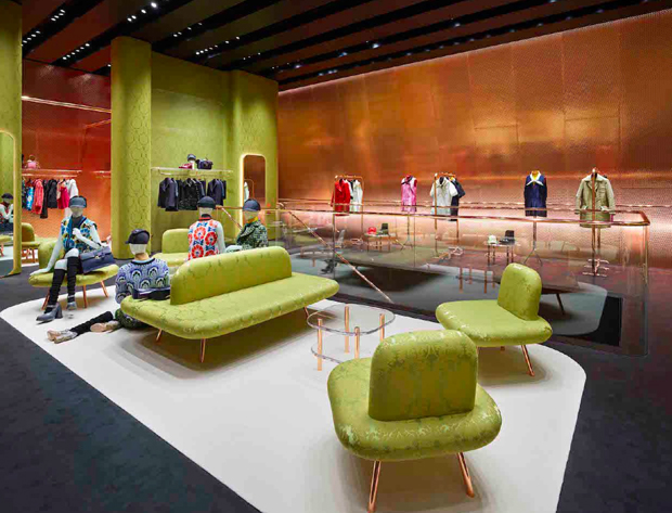 revista-magazine-visualmerchandising-escaparatismo-retail-design-window-miu-miu-vishopmag-004