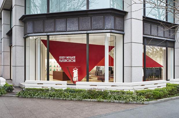 revista-magazine-visualmerchandising-escaparatismo-retail-design-window-tokujin-yoshioka-vishopmag-006