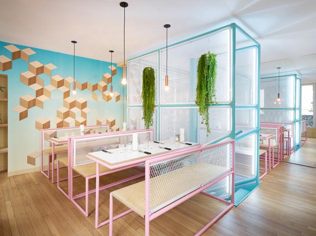 revista-magazine-visualmerchandising-escaparatismo-retail-design-descension-pny-hamburgueseria-paris-vishopmag-005