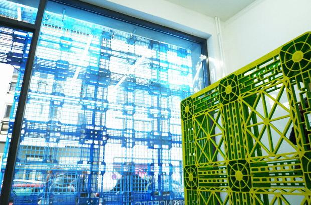 revista-magazine-visualmerchandising-escaparatismo-retail-design-fachada-aquabirt-reciclaje-vishopmag-001
