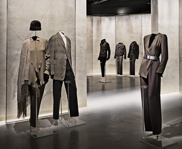 revista-magazine-visualmerchandising-escaparatismo-retail-design-armani-silos-vishopmag-006
