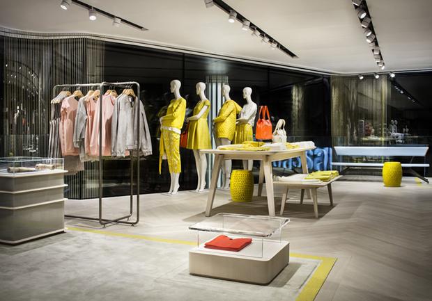 revista-magazine-visualmerchandising-escaparatismo-retail-design-modissa-flag-ship-store-vishopmag-004