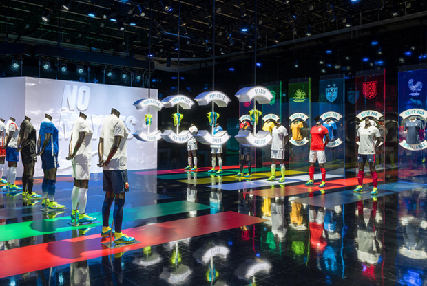 revista-magazine-visualmerchandising-escaparatismo-retail-design-nike-pop-up-store-vishopmag-001