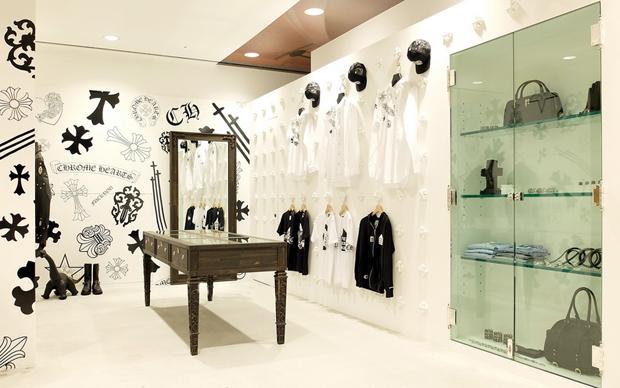 revista-magazine-visualmerchandising-escaparatismo-retail-design-dover-street-market-ginza-vishopmag-003