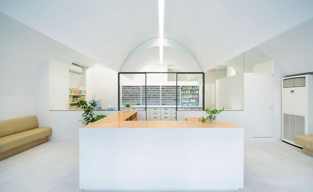 revista-magazine-visualmerchandising-escaparatismo-retail-design-farmacia-tokyo-vishopmag-004