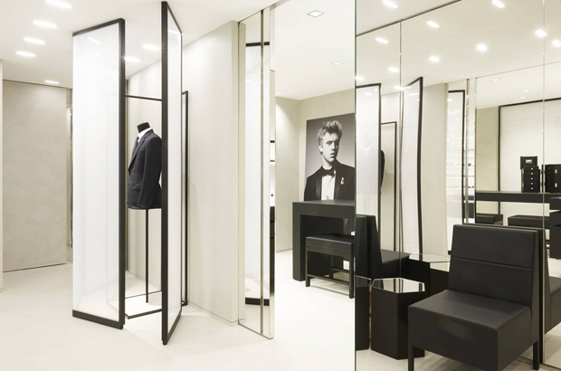 revista-magazine-visualmerchandising-escaparatismo-retail-pop-up-store-dior-homme-paris-vishopmag-003