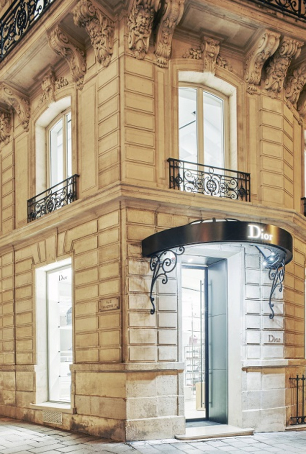revista-magazine-visualmerchandising-escaparatismo-retail-pop-up-store-dior-homme-paris-vishopmag-005