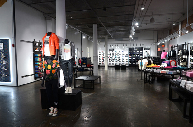 revista-magazine-escaparates-retail-design-converse-flagshipstore-vishopmag-001
