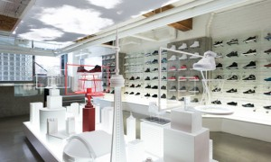 revista-magazine-escaparates-retail-design-pop-up-shop-nike-vishopmag-001