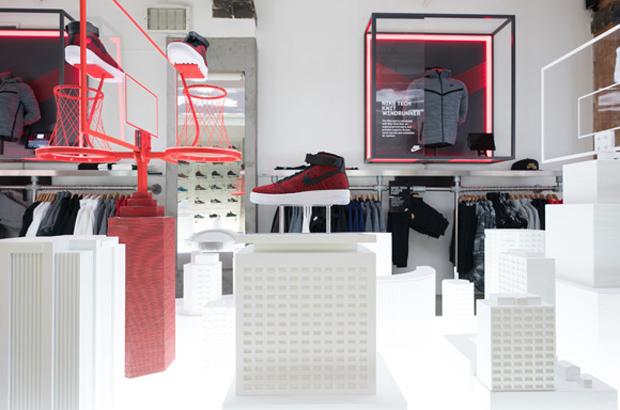 revista-magazine-escaparates-retail-design-pop-up-shop-nike-vishopmag-004