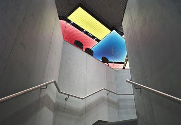 vishopmag-retail-design-patrick-norguet-mcdonalds-paris-flagship-007