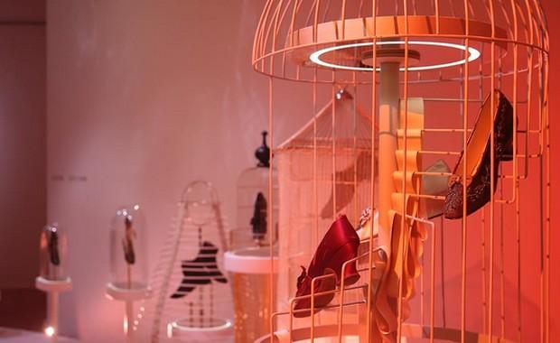 revista-magazine-escaparates-retail-design-bally-exhibition-vishopmag-001