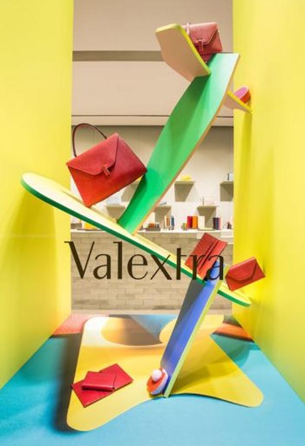 revista-magazine-escaparates-retail-design-valextra-vitturi-inside-out-vishopmag-002
