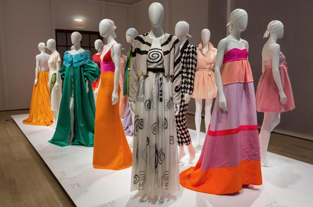 revista-magazine-escaparates-retail-design-the-jewish-museum-isaac-mizrahi-fashion-art-vishopmag-003