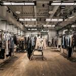 revista-magazine-window-display-escaparates-visual-merchandising-retail-design-allsaints-003