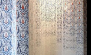evista-magazine-window-display-escaparates-visual-merchandising-retail-design-garden-tiles-bureaudechange-002