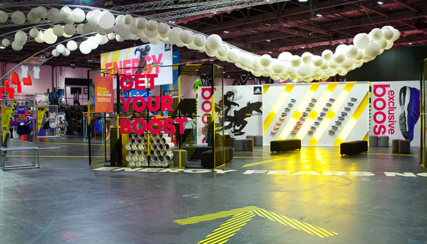 revista-magazine-escaparates-retail-design-peta-pop-up-store-adidas-boost-london-escaparate-vishopmag-004