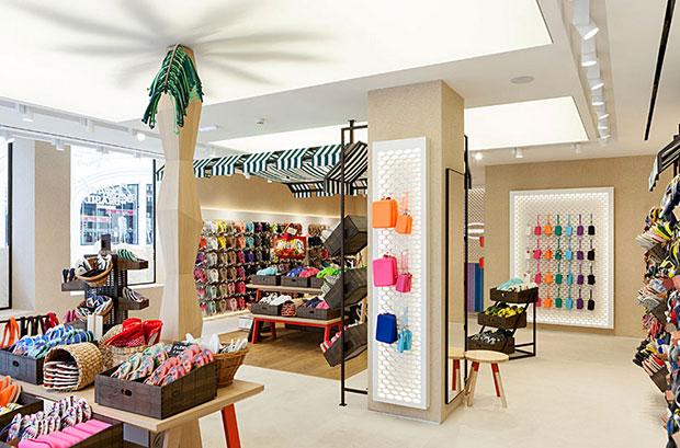 revista-magazine-visual-merchandising-retail-design-escaparates-havaianas-vishopmag-002