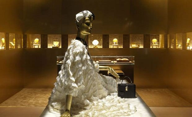 revista-magazine-visual-merchandising-retail-design-escaparates-flagship-Dolce&Gabbana-vishopmag-004