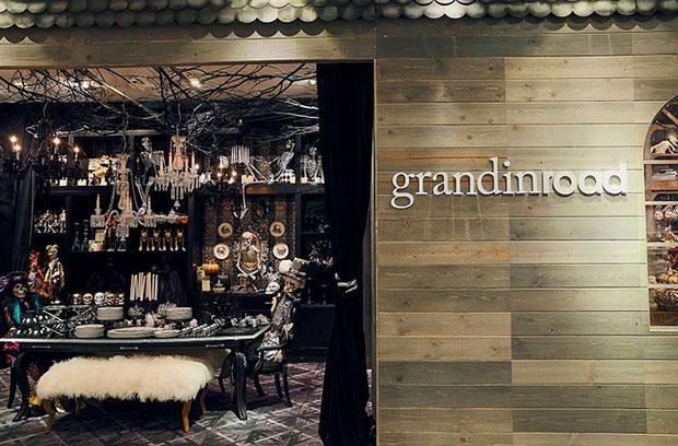 revista-magazine-visual-merchandising-retail-design-escaparates-pop-up-store-macy´s-grandin-road-halloween-vishopmag-002