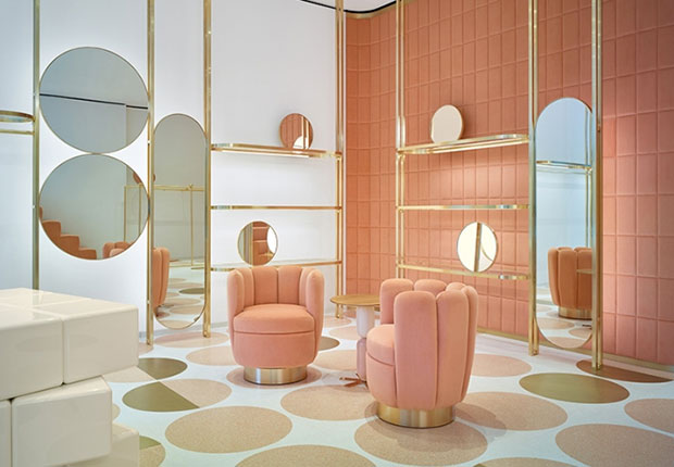 revista-magazine-visual-merchandising-retail-design-escaparates-REDValentino-flagship-vishopmag-008