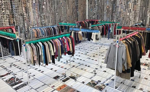 revista-magazine-aiweiwei--deitchprojects-laundromat-vishopmag-002
