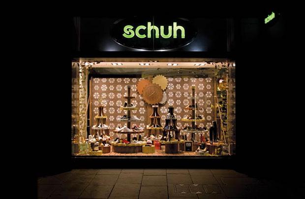 revista-magazine-visual-merchandising-retail-design-navidad-schuh-escaparate-vishopmag-001