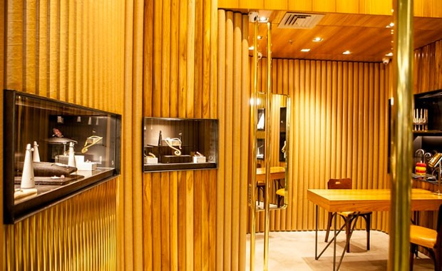 revista-magazine-visualmerchandising-tienda-mariah-rovery-joyeria-escaparate-retaildesign-vishopmag-001
