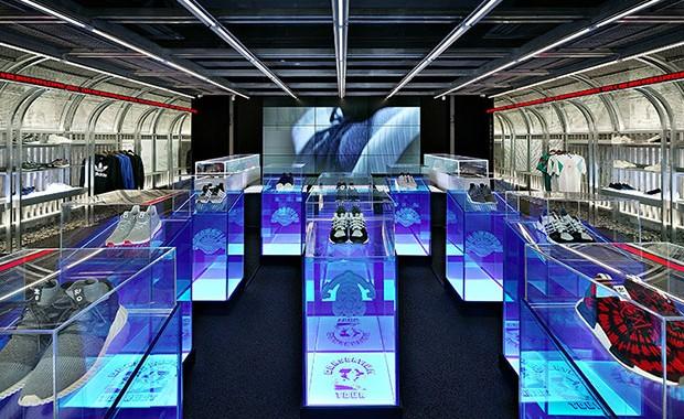 revista-magazine-escaparates-retail-design-adidas-das107-retail-design-concept-store-tienda-vishopmag-001
