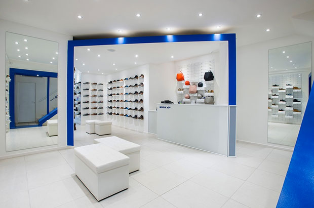 revista-magazine-escaparates-retail-design-wink-footwear-store-tiendas-vishopmag-003